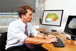 Man using Fibersim for analysis